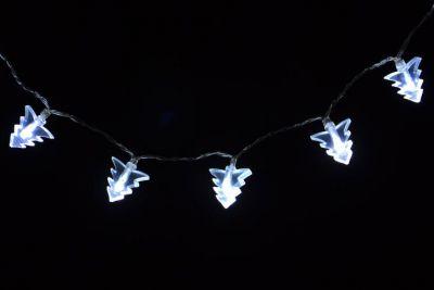 Karácsonyi világítás -  karácsonyfák - hideg fehér