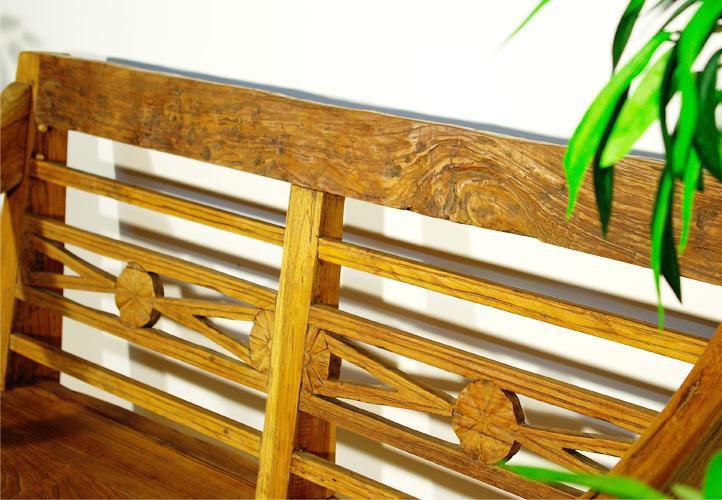 Kerti pad DIVERO - fából