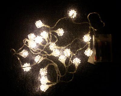 Karácsonyi dísz - csillag - 20 LED meleg fehér