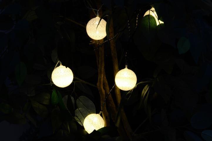 Karácsonyi dísz - 20 db fénygömb - meleg fehér 20 dióda