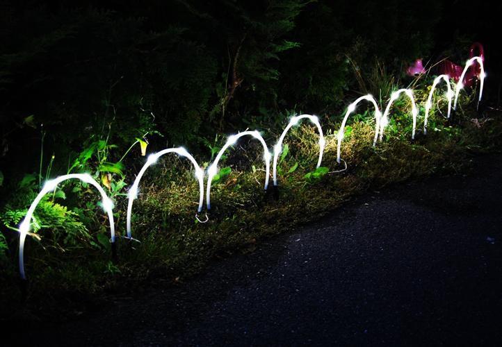Kerti napelemes LED megvilágítás – 8 db boltív