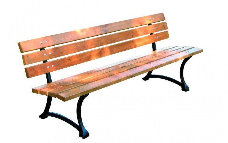 Kerti pad fából - FSC